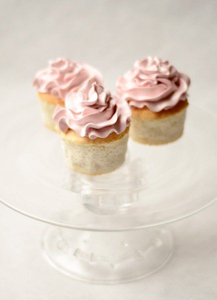 Recipe: Airy Angel Food Cupcakes with Naturally Pink Icing (Meringue ...