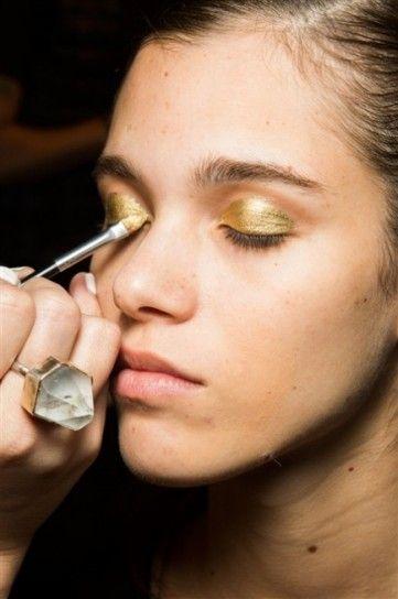 Ombretto dorato da Zac Posen New York Fashion Week Autunno Inverno 2015-2016: tutte le tendenze beauty dalla Grande Mela