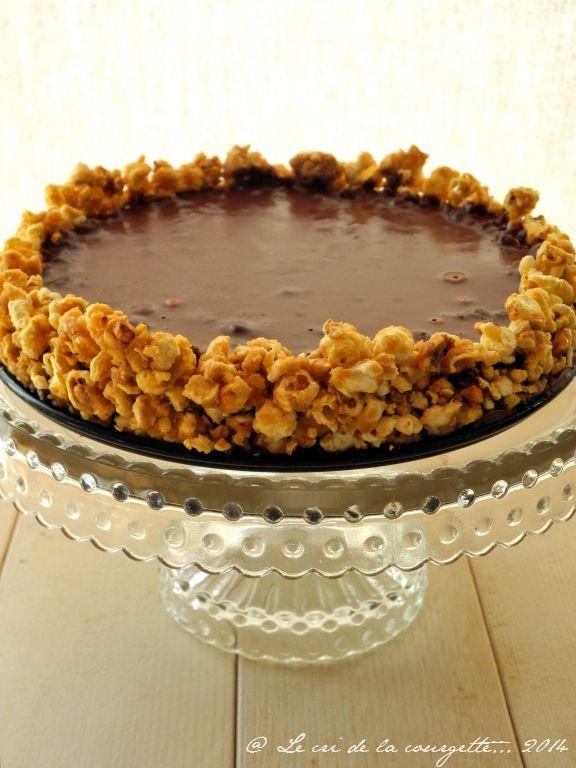 Tarte au maïs soufflé et à la cacahuète, ganache au chocolat