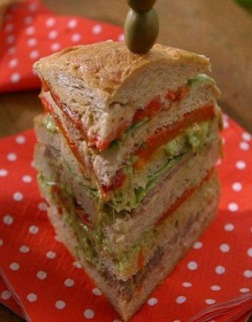 Tort z chleba, pierożki z form na muffinki i włoskie smakołyki, czyli przypomnij sobie smaki lata. http://tvnmeteoactive.tvn24.pl/dieta,3016/tort-z-chleba-pierozki-z-form-na-muffinki-i-wloskie-smakolyki-czyli-przypomnij-sobie-smaki-lata,185756,0.html