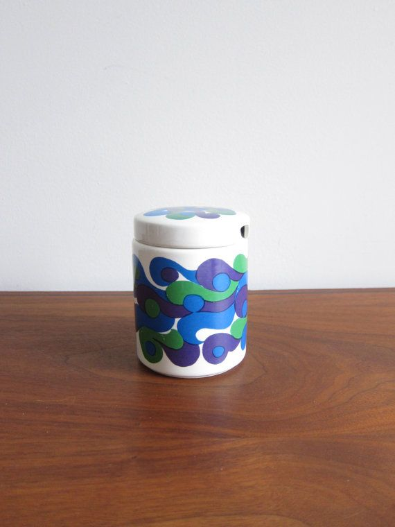 Arabia Finland Mimmi Jar 1960s Mod Pattern by Olin-Grönqvist. The shape is designed by Kaarina Aho and the pattern by Gunvor Olin-Grönqvist. In production between 1968 and 1971.