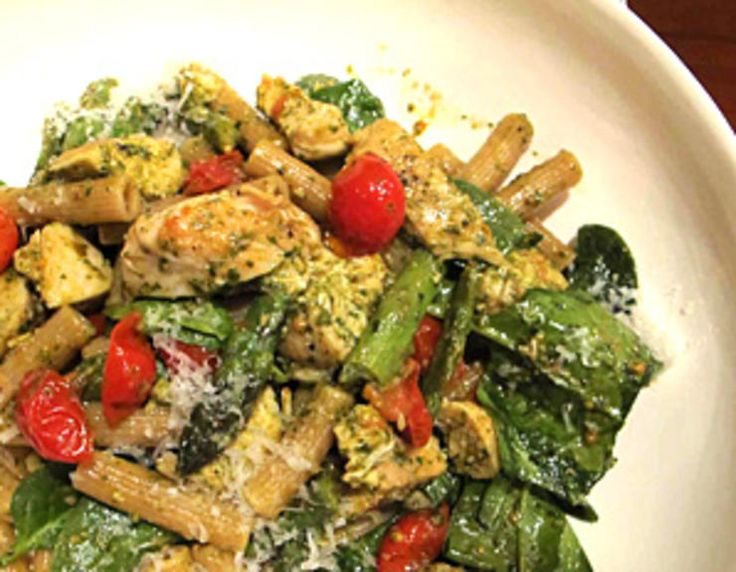 Try these lighter versions of pesto pasta and Bolognese sauce from The Doctors host