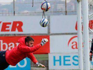 """Onur Kıvrak: """"Kendimi Trabzonspor'a Saklıyorum"""""""