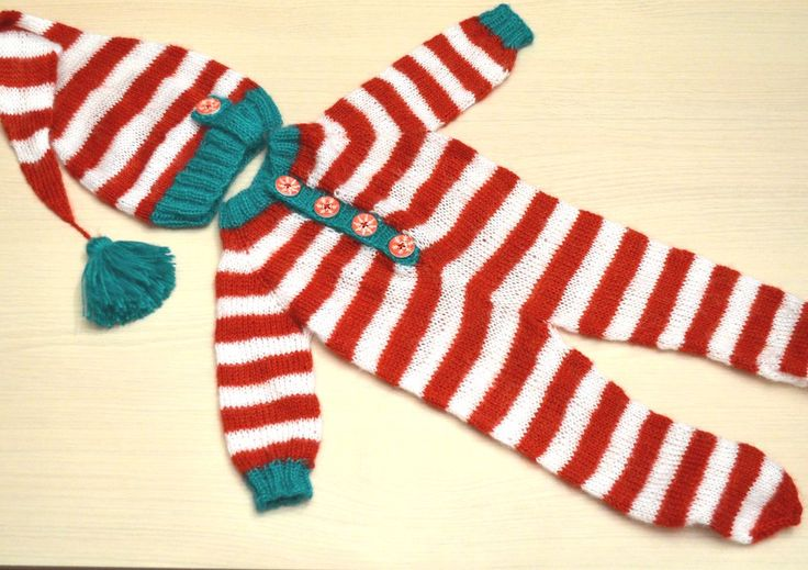 """Новогодний комплект """"Санта Клаус"""" Доступен для заказа.  #newbornaccessories #newborn #knittingprops #photoprops #newbornphoto #props #newbornprops #best_newborn_photo #knitting #вязание #фотореквизит #аксессуарыдляноворожденных #реквизитдляфотосессии #юлинывязанки #одеждадляноворожденного #фотомалыша #фотографноворожденных #newbornphotographer #фотосессияноворожденных #julyprops #julyaccessories #julyknitting #фотосъемкадетей #babyphotographer #newbornworkshop #fotonewborn…"""