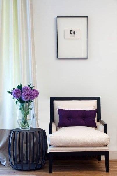 Pentru cei care adora stilul clasic si elegant avem o gama de produse potrivita pentru gustul lor!