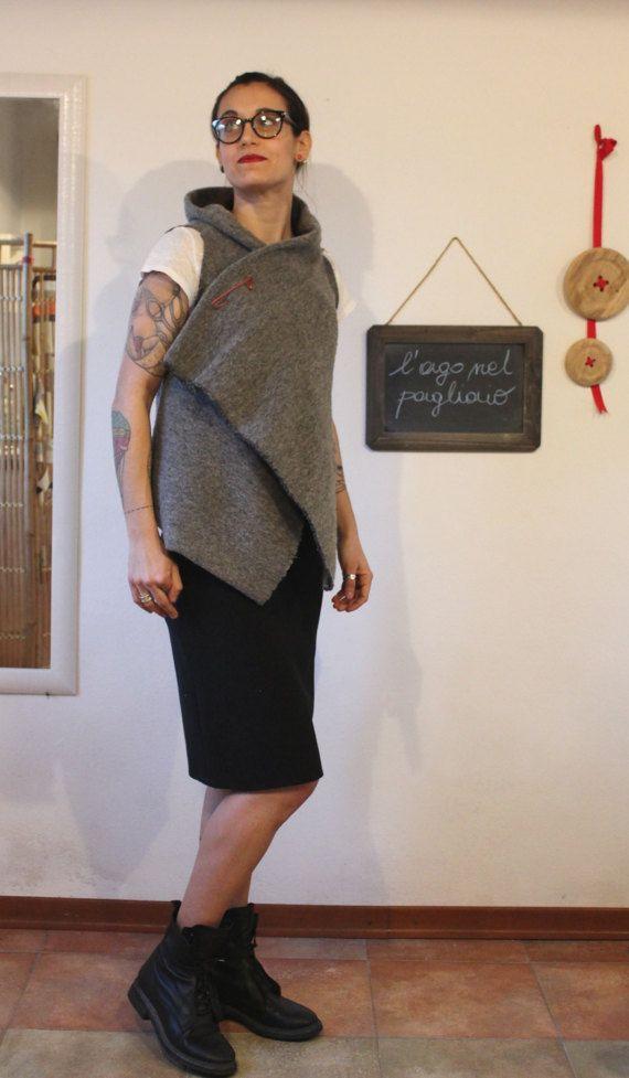 gilet  grigio  in lana cotta di LagoNelPagliaioLabo su Etsy