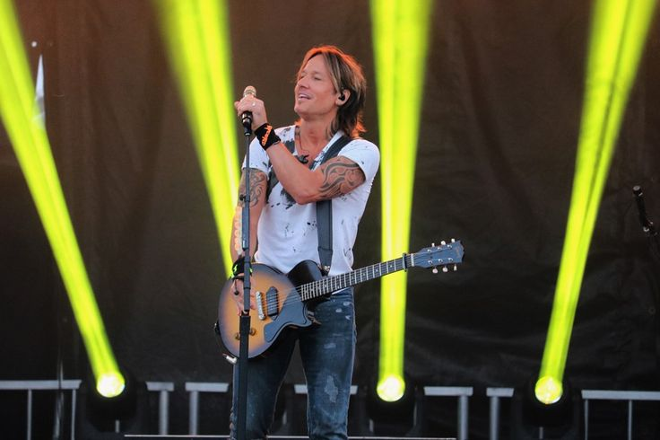 Country music superstar Keith Urban performs at the Stars and Thunder festival on Saturday night. Andrew Autio for TimminsToday