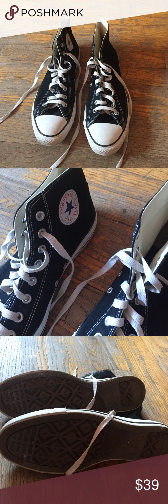 Size 10 men's converse high tops!!! Black converse size 10, worn a handful of times in great condition!!! Converse Shoes Sneakers