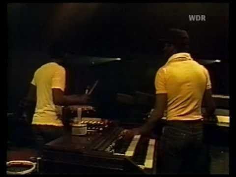 Lion ~ Burning Spear ~ Live 1981