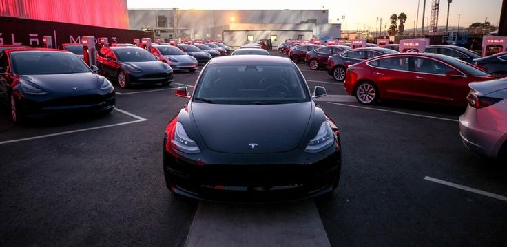 Tesla Slow Off The Line Building Moderately Priced Model 3 Electric Sedan