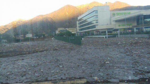 Mall plaza copiapo desborde de río. 13/05/2017 - 10:11