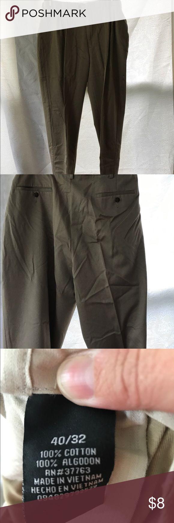 Men's dress slacks Men's dress slacks, size 40 x 32.  Excellent condition with no rips or stains Savane Pants Dress