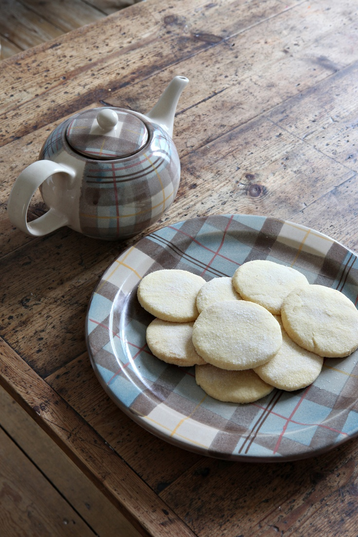 ANTA scottish shortbread and tea, served on an Anderson Serving Plate #shortbread #anta