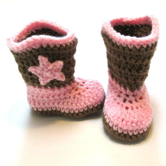 Newborn baby girl cowboy boots.  Pink and brown.  Made to order.  Crochet baby booties.  Photography prop newborn pregnancy reveal girl.