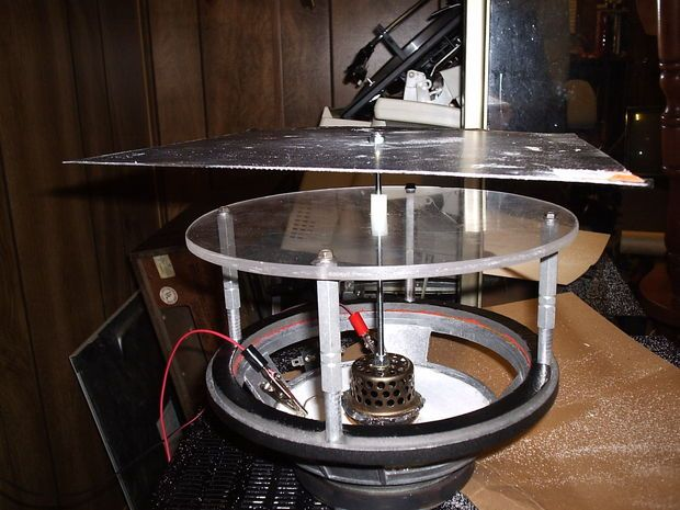 Picture of Mechanical Wave Driver for Chladni Plate