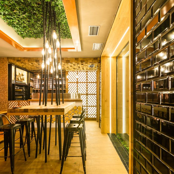 17 Best Bar Ideas And Dimensions Images On Pinterest: 17 Best Ideas About Bar Design Awards On Pinterest