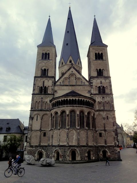 Travel and Lifestyle Diaries Blog: An Evening in Bonn, Germany