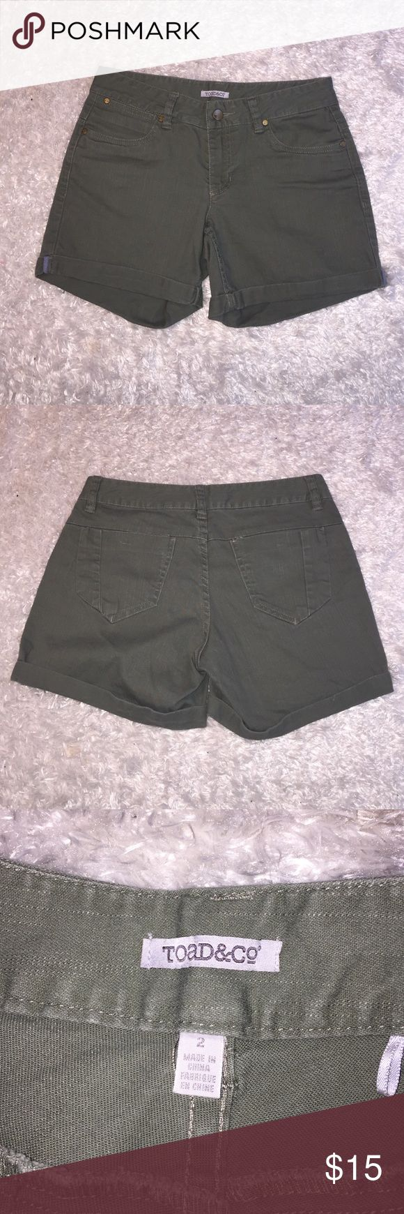 """Toad & Co Army Green Shorts Size 2, slightly high waisted shorts! In great condition. Inseam: 5"""". Feel free to ask any questions! Toad & Co Shorts"""