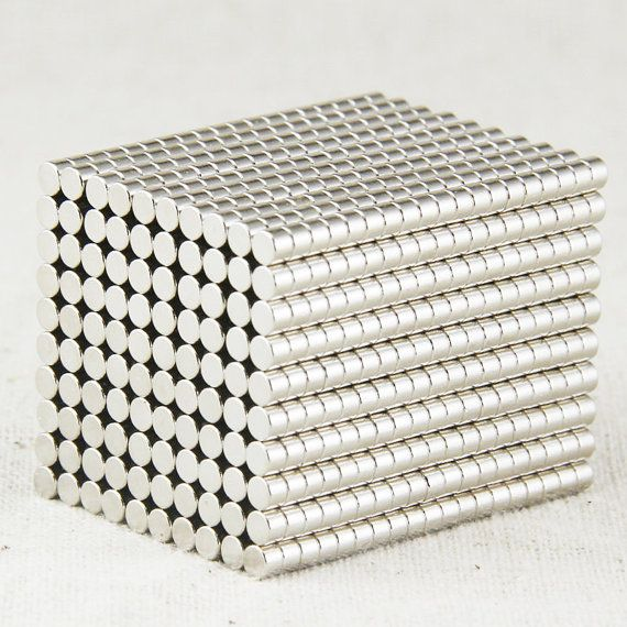 300pcs (3x2mm) N50 Neodymium Disc Magnets Rare Earth Magnets - Super Strong Small Magnets - Fridge Scientific Industrial Craft Magnets