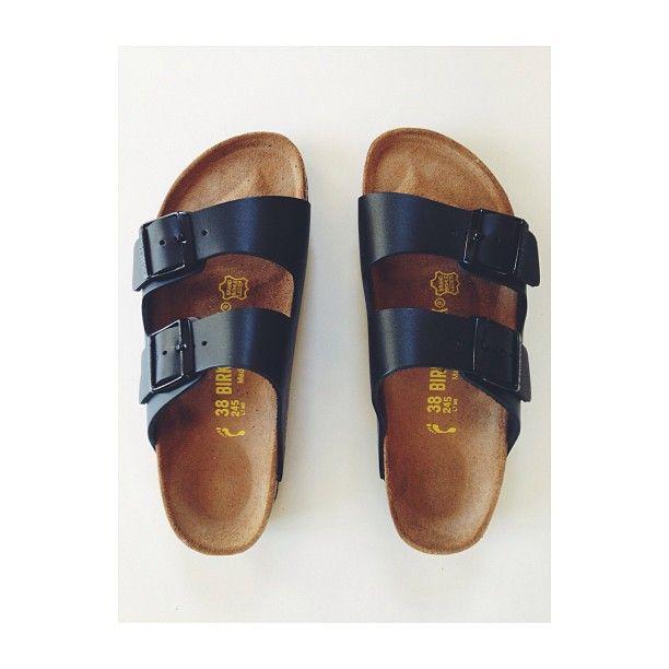 The ugly shoe comeback!