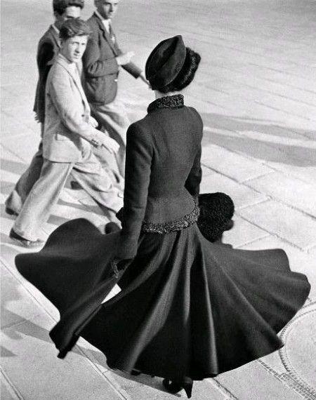 Renée: Le New Look de Dior, Paris, 1947