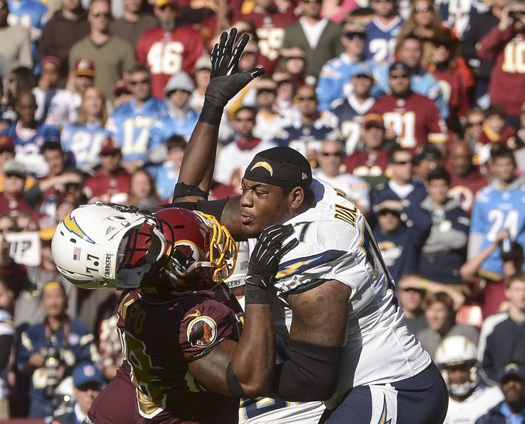 Washington Redskins outside linebacker Brian Orakpo knocks the helmet off San Diego Chargers tackle King Dunlap during a game between the Redskins and the Chargers in 2013. (Toni L. Sandys/The Washington Post)  Los Angeles Chargers player King Dunlap was arrested in Nashville Thursday on... http://usa.swengen.com/chargers-players-arrest-reveals-disturbing-details-about-recent-domestic-violence-incident/