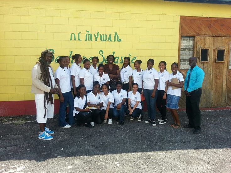 West Wood high school touring the studio with Ricky #TuffGongstudio #Tuffgong #Music