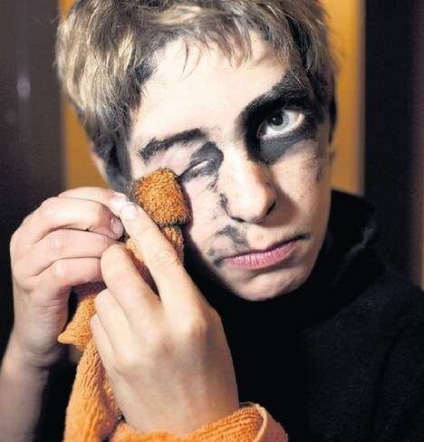 Zwarte Piet heeft z'n glans verloren - Nederland - TROUW Hanne Obbink − 18/10/14, 18:30