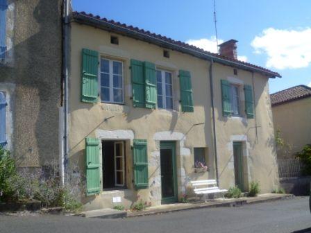 EC0234al Spascious Renovated Stone House in Picturesque Village near Chasseneuil sur Bonnieure, Charente, Poitou-Charentes