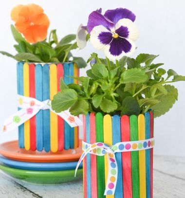 DIY Craft stick covered tin can flowerpots - recycling craft for kids // Konzervdoboz kaspó egyszerűen jégkrém pálcikákkal - újrahasznosítás // Mindy - craft tutorial collection // #crafts #DIY #craftTutorial #tutorial