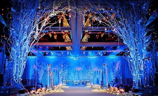 Wedding Reception Lighting Guide  http://www.weddingelation.com/wedding-reception/guide-on-wedding-reception-lighting/
