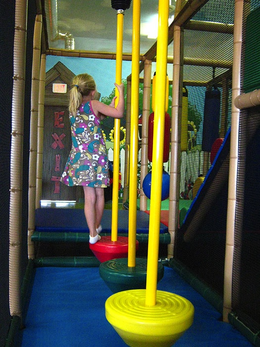 indoor playground playground ideas indoor playroom kids cafe play