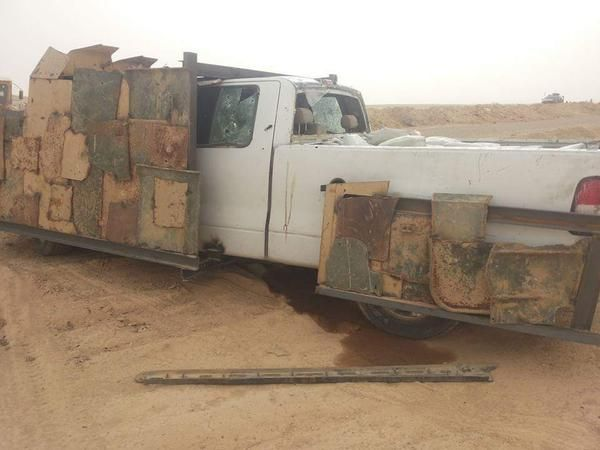Green lemon @green_lemonnn #Iraq Al Obaidi Sunni & ISF tribesmen foiled an #IS SVBIED in Barwanah, east of Haditha. 2 IS fighters killed.