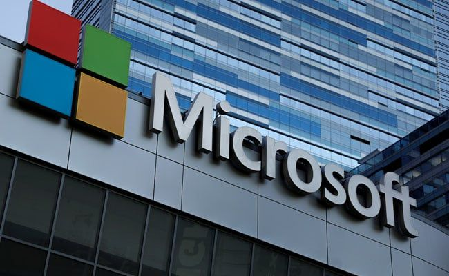 Microsoft Tops Apple To Become Most Valuable Us Firm Amazon Close