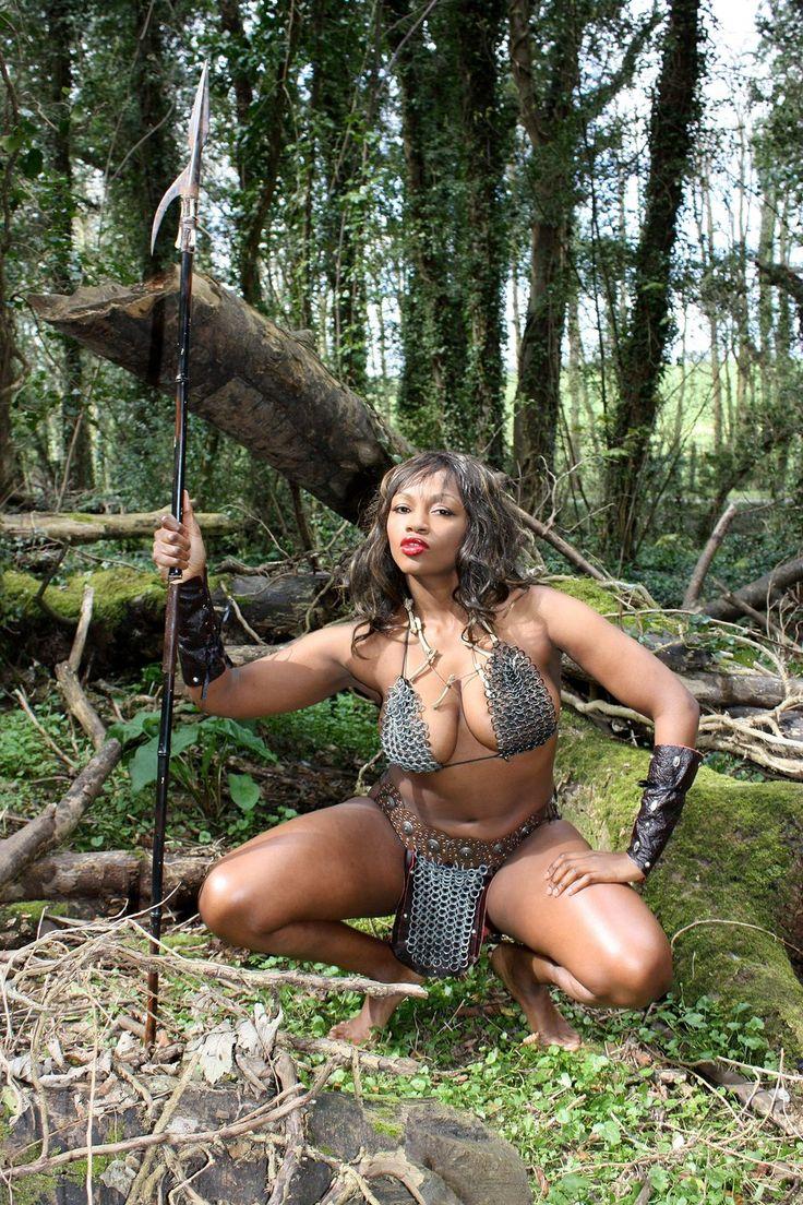 Девушки секс порно амазонки 2011