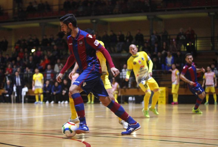 @Levante playing indoors. Make sure not to damage the floor! #9ine