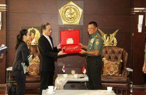 Panglima TNI Terima Wamenhan Jepang