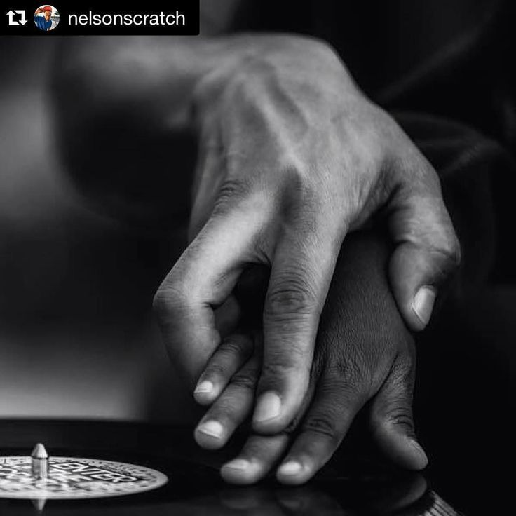 """We watch the #turntablism hashtag closely and stumble upon some dope posts on a daily. This outstanding photo posted by DJ Nelson from France definitely stands out. Never forget to share our passion/knowledge with the next generation of DJ's   Repost @nelsonscratch with @repostapp.  """"Enter the Scratch Game"""" ;-) Scratch workshop in Besançon at the Détonation Festival  by Patrick Charrière #djnelson #turntablist #pioneer #scratching #skratcher #raidenfader #scratch #skratch #dj #djing…"""