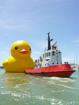 Giant Rubber Ducky by Dutch artist Florentijn Hofman