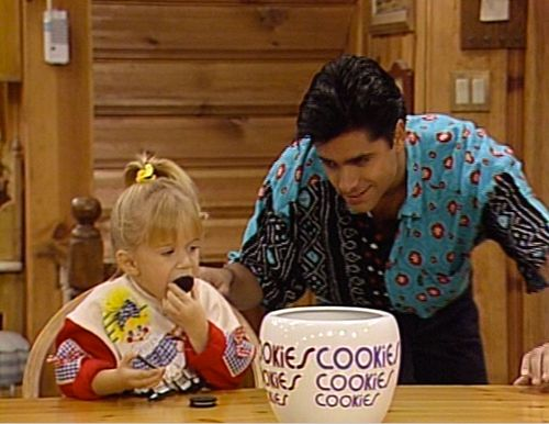 17 Unforgettable Uncle Jesse Outfits From 'Full House' That Prove John Stamos…