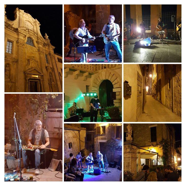 Notte di #sanlorenzo a#pitigliano #music #wines  andare #stars #bedandbreakfast #lacasadeicarrai #Maremma #Tuscany