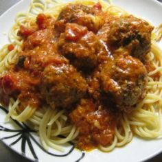 Jamie Oliverin parmesan-mozzarella lihapullat - Kotikokki.net - reseptit
