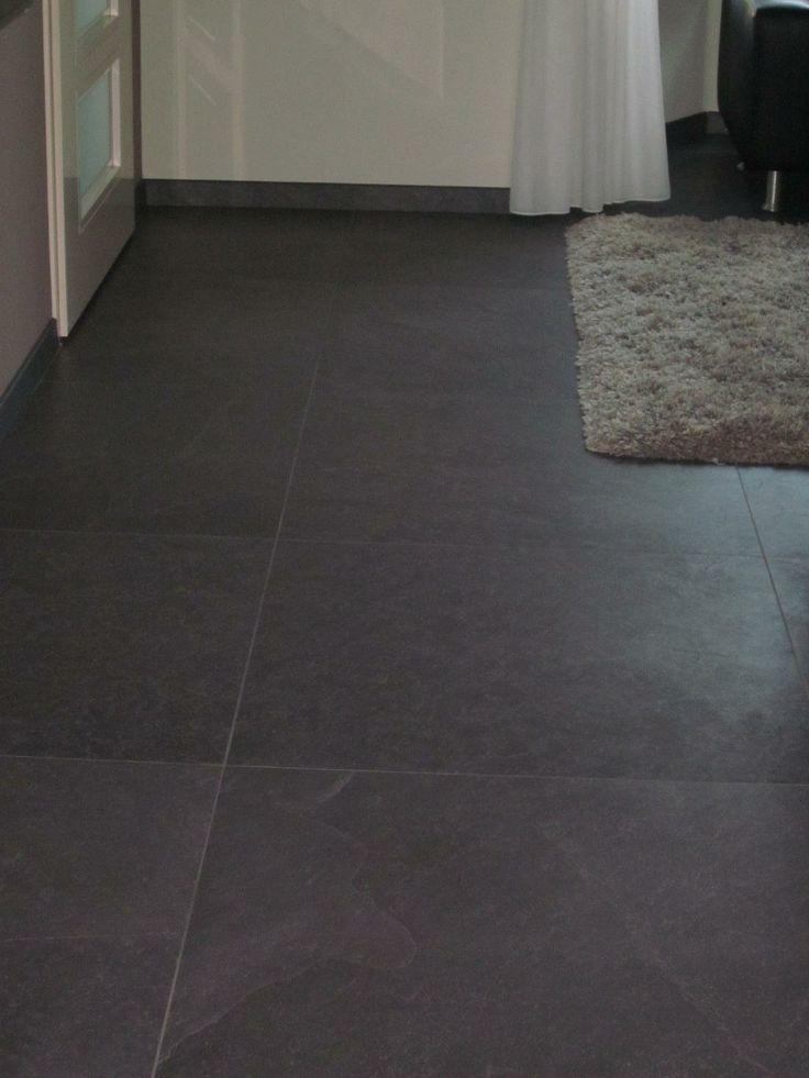 25 beste idee n over donkere houten vloeren op pinterest donkere vloeren grijze muren en - Grijze verf leisteen ...