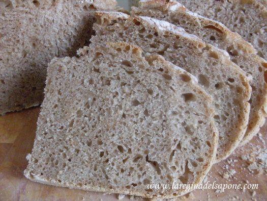"""La Regina del Sapone: pane """"senza impasto"""" con lievito naturale"""