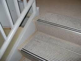 contrasting steps nosings