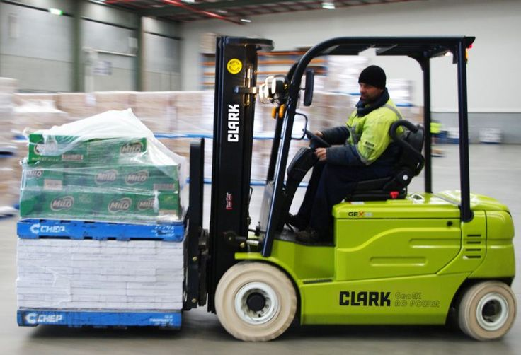 #Are you looking to #learn how to operate a #forklift? Contact #edwaytraining to book in for one of our upcoming forklift #training #courses  https://www.edway.edu.au/sydney/forklift-sydney/