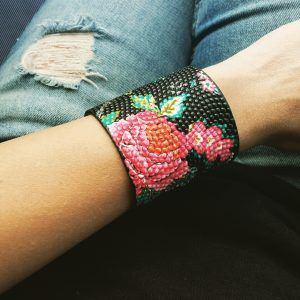 manchette tendance   bracelet tendance femme   #bracelettendance #braceletcadeaufemme #braceletoriginalfemme