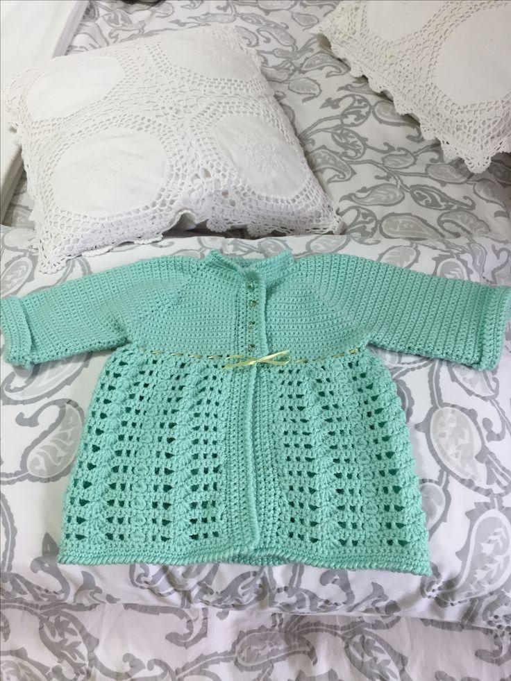 Abrigo a crochet  Realizado por Jeannette Molina