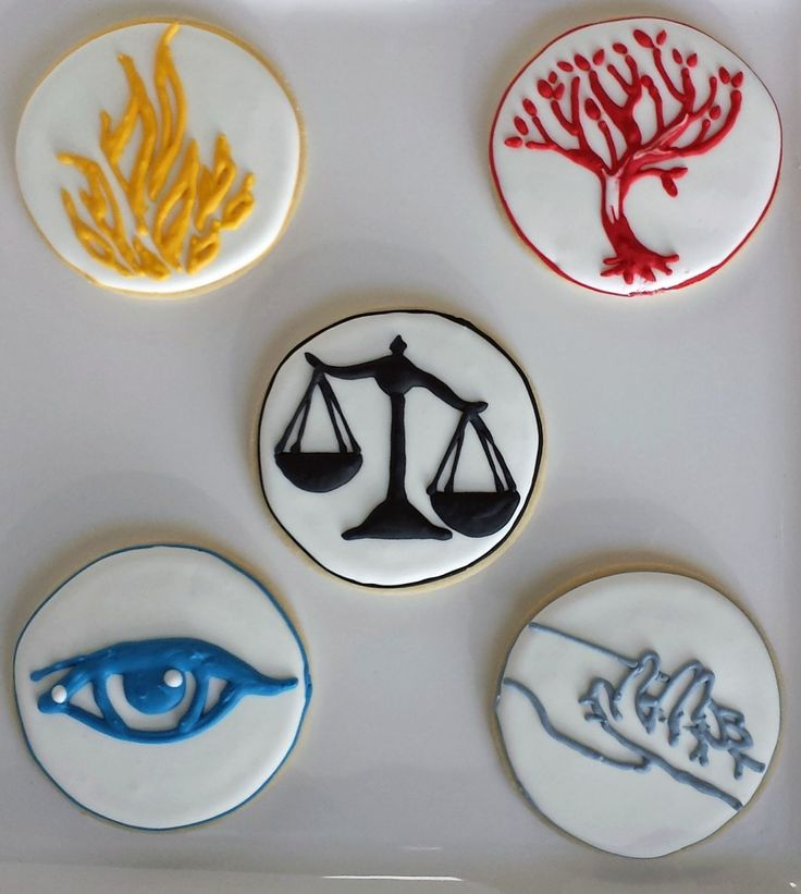 Divergent Faction Cookies. These look simple enough to make or have made for a party.