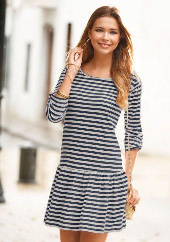 Pruhované šaty se 3/4 rukávy #ModinoCZ #strips #fashion #modern #trend #clothing #pruhy #oblékání #moda #trendy